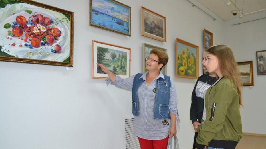 Калачеевцев пригласили на выставку воронежских художников и мастеров прикладного искусства