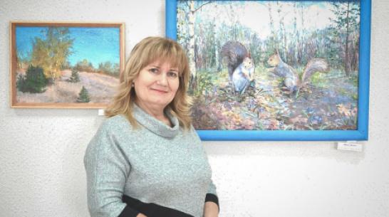 Лискинцев пригласили на виртуальную выставку кантемировской художницы Елены Косовой