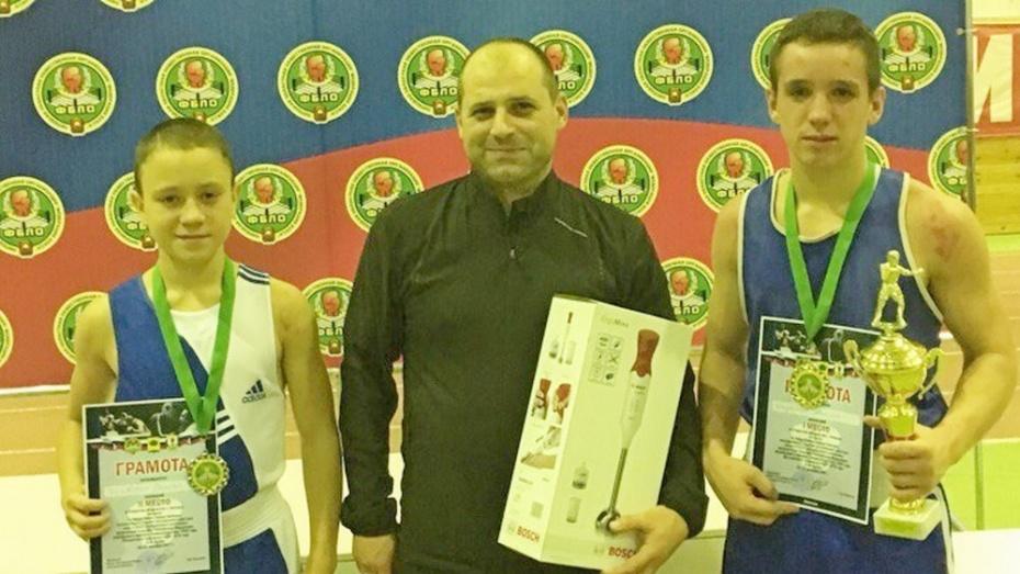 Боксер Осман Алиев стал серебряным призером молодежного главенства Европы