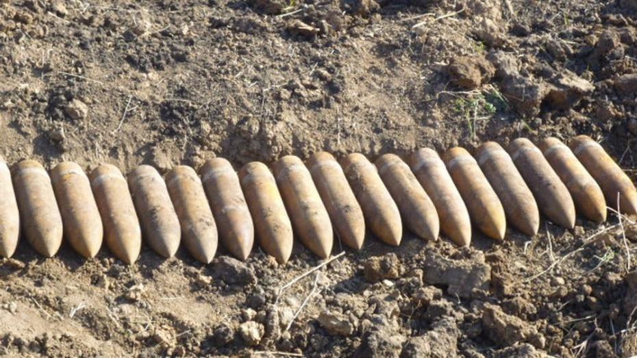В Острогожском районе взрывотехники уничтожили 52 снаряда времен войны