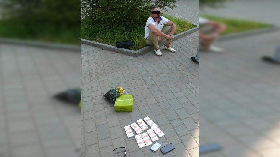 Воронежский адвокат получил 3 года колонии за обман клиента на 4 млн рублей