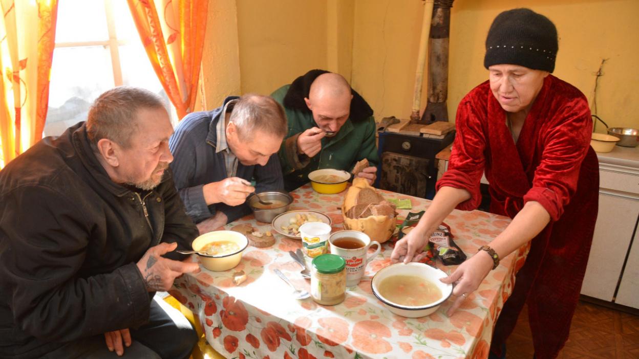 Остаться человеком. Как в Воронеже работает дневной центр для бездомных