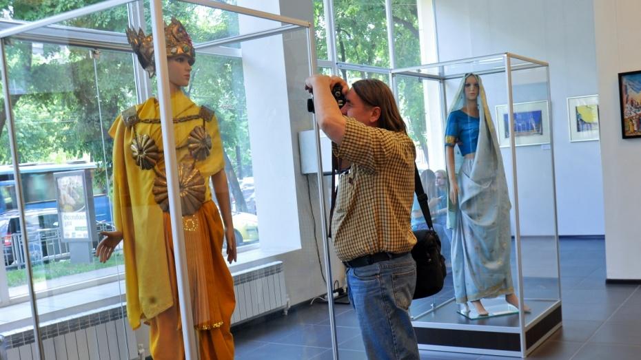 В Воронеже открылась выставка ведущих театральных художников республик СНГ
