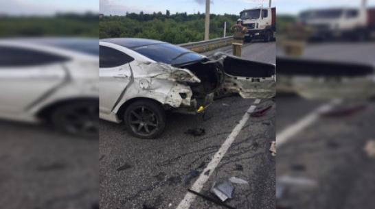 Под Воронежем в аварии пострадала семья с 3-летним ребенком