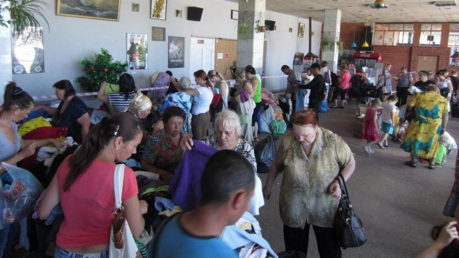 В Павловском районе нуждающимся бесплатно раздадут одежду