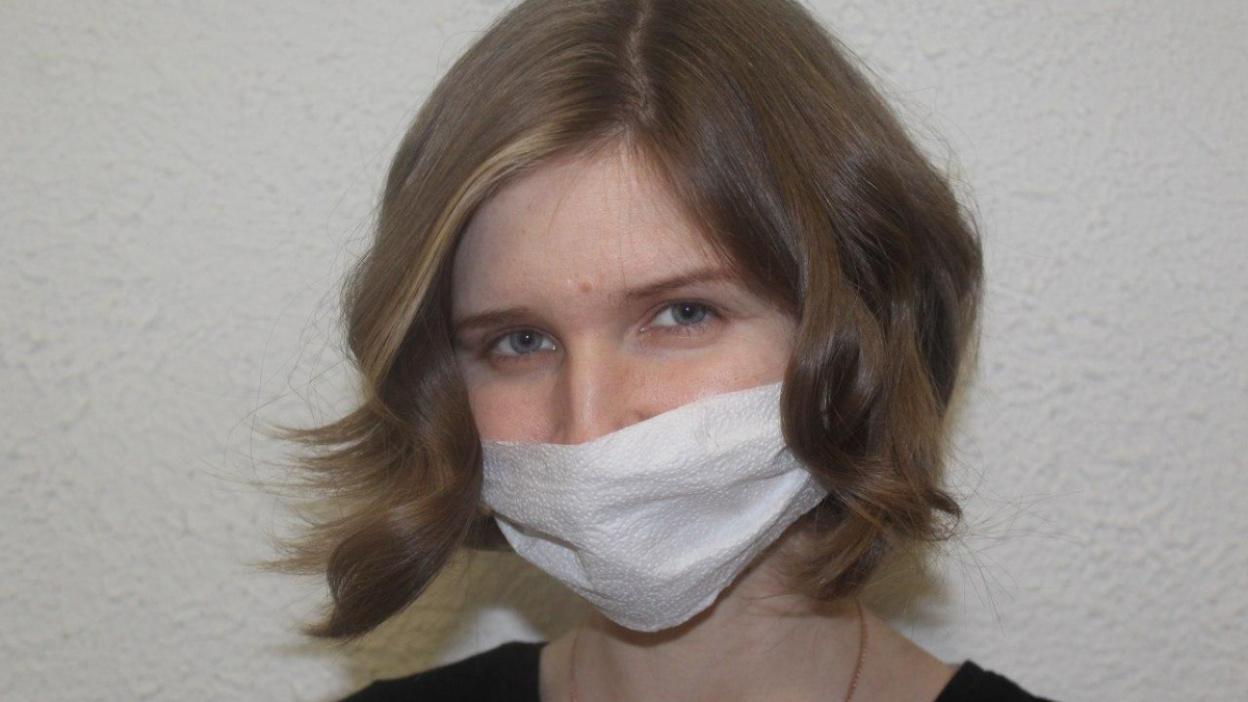 Из ткани, салфеток и бинта. Как воронежцам сделать медицинскую маску дома