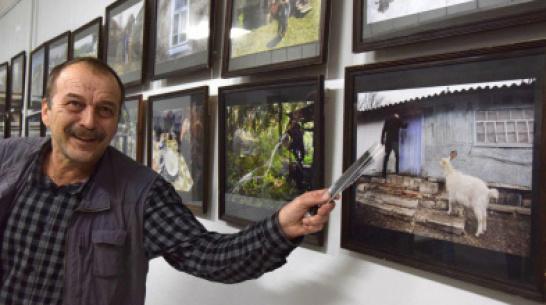 На журфаке ВГУ открылась фотовыставка спецпроекта РИА «Воронеж» «Заброшенные хутора»