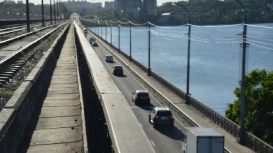 Губернатор поручил досрочно завершить ремонт Северного моста в Воронеже