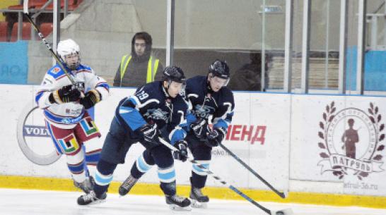 Хоккейная «Россошь» выиграла первый полуфинальный матч Кубка регионов