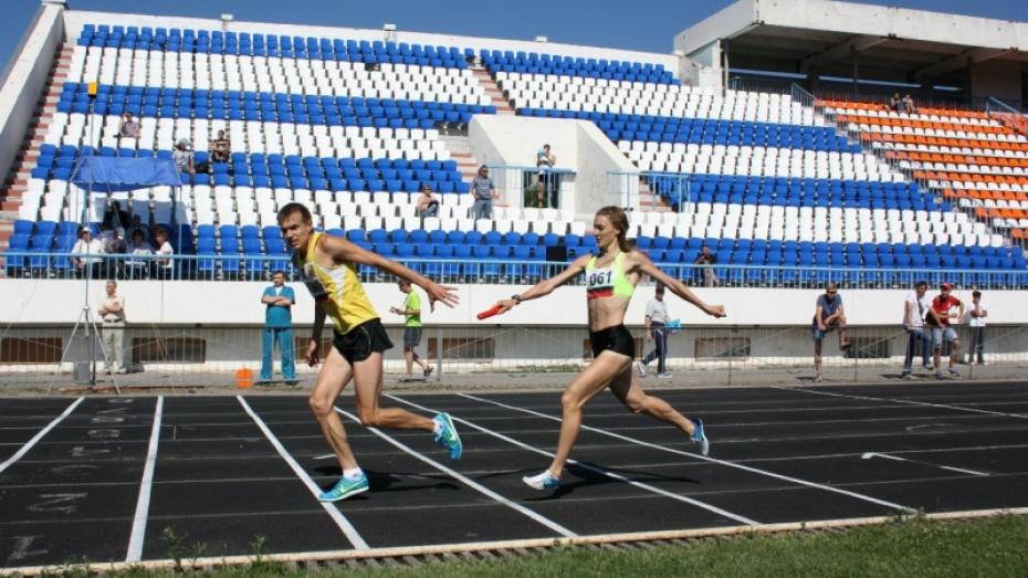 Новую трибуну на 500 мест и беговые дорожки построят на воронежском стадионе «Буран»