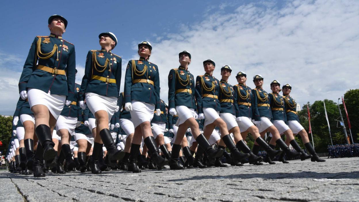 В генеральной репетиции парада Победы в Воронеже задействовали 2,3 тыс человек