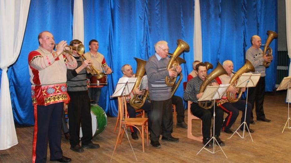 В Петропавловском районе появился духовой оркестр