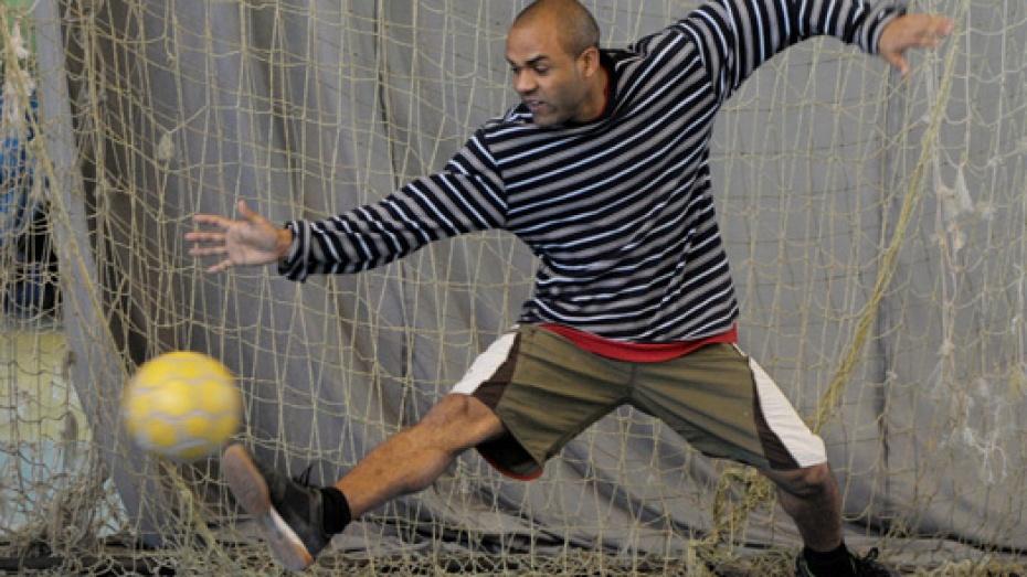 В Воронеже Ленин сыграл в футбол
