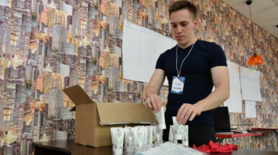 Острогожские волонтеры объявили о бесплатной доставке антисептика