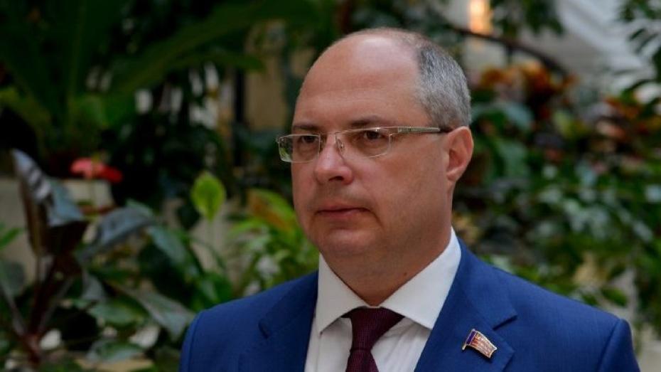 Депутат Госдумы Сергей Гаврилов поздравил воронежцев с Днем Победы