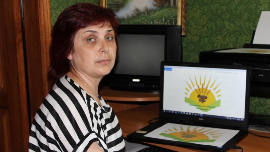 В Россошанском районе все 17 поселений представили собственные бренды