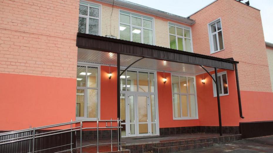 Дом культуры лискинского села Добрино оснастили мебелью и оборудованием на 2 млн рублей