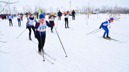 Бутурлиновцев позвали присоединиться к лыжной гонке «Лыжня России – 2019»