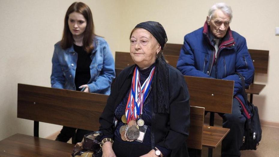 В Воронеже начался суд над устроившим смертельное ДТП экс-гаишником