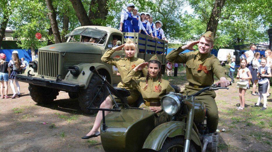 В поворинском селе Пески впервые представили выставку ретротехники 1940-1950-х годов