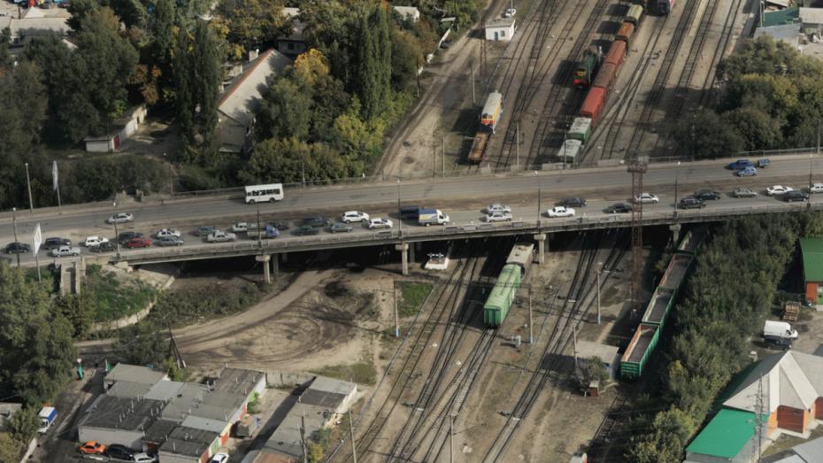 Губернатор о ремонте 2 виадуков в Воронеже: «Долгие работы могут парализовать движение»