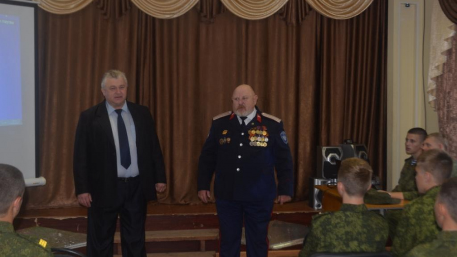 Директор закрытого под Воронежем кадетского корпуса покинет свою должность