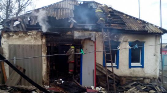 В кантемировском селе Скнаровка при пожаре в частном доме погиб 81-летний мужчина