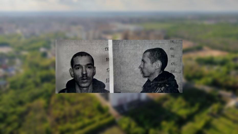 В Воронеже напавшего на полицейских с ножом мужчину отправили в СИЗО