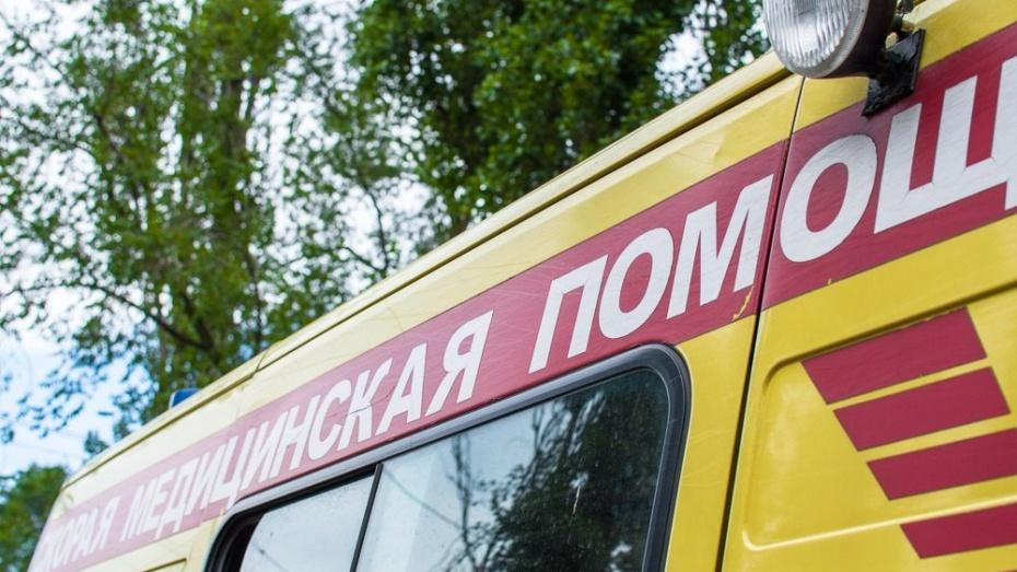 В Борисоглебске с 4 этажа выпала двухлетняя девочка