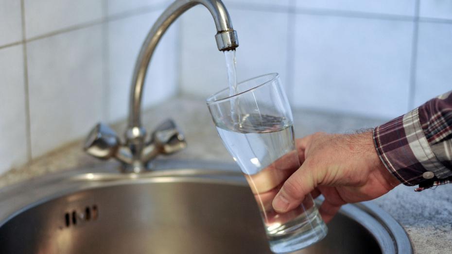 В Воронежской области на 30 дней приостановили подачу питьевой воды в поселок