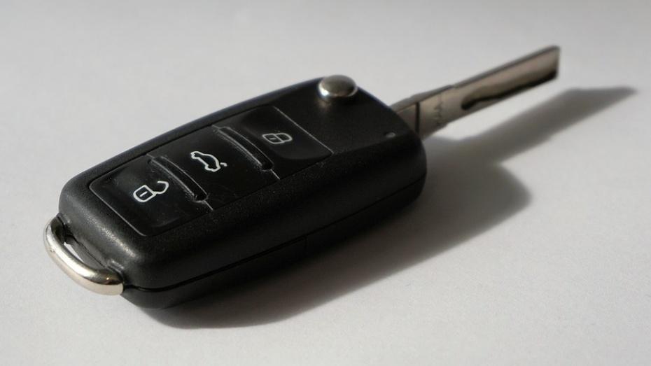 ВВоронеже аферист арендовал машину и реализовал ее вТулу