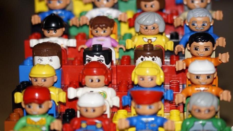 Фальшивомонетчики расплатились подделками за игрушки в Воронежской области