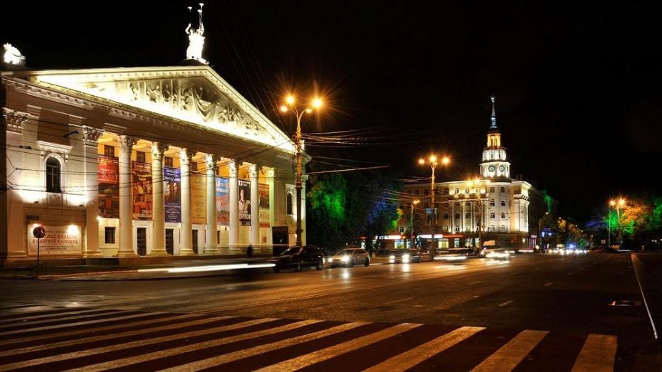 Губернатор Александр Гусев рассказал о будущем воронежского Театра оперы и балета
