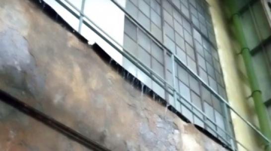 Дожди подтопили цех Воронежского авиазавода