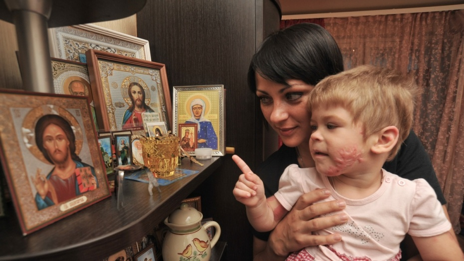 История от РИА «Воронеж». Как выжившая в пожаре девочка и ее тетя спасли друг друга