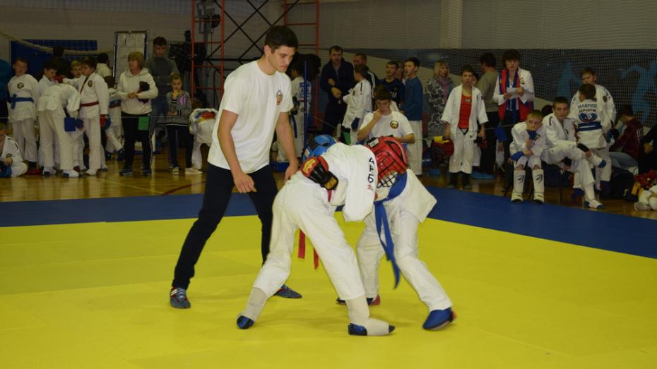 Борисоглебские рукопашники взяли 12 золотых медалей на межрегиональном турнире