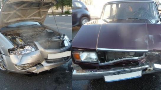 В Воронежской области в ДТП пострадали 8-летняя девочка и 5-летний мальчик