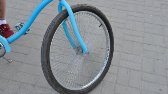 В Воронежской области водитель легковушки сбил 9-летнего мальчика на велосипеде