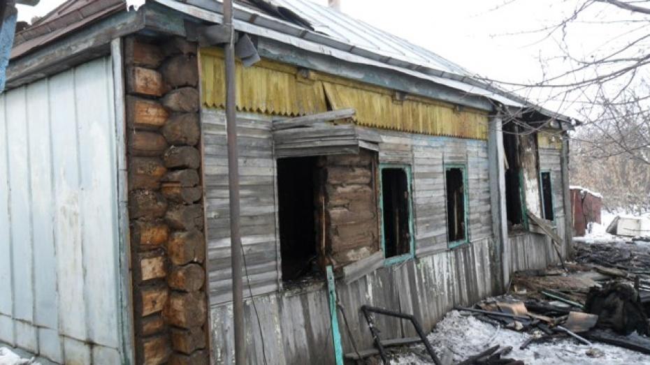 В селе Ростоши Эртильского района семья осталась без крова