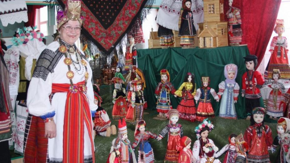 В Богучаре пройдет вечер памяти создательницы музея кукол Валентины Горбачевой