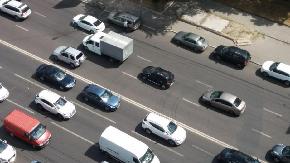 Воронеж замкнул топ-10 городов России по количеству автомобилей