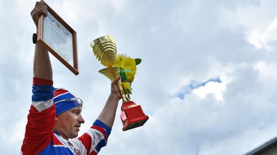 Бутурлиновский спортсмен завоевал «золото» на первом этапе Кубка России по лыжероллерам