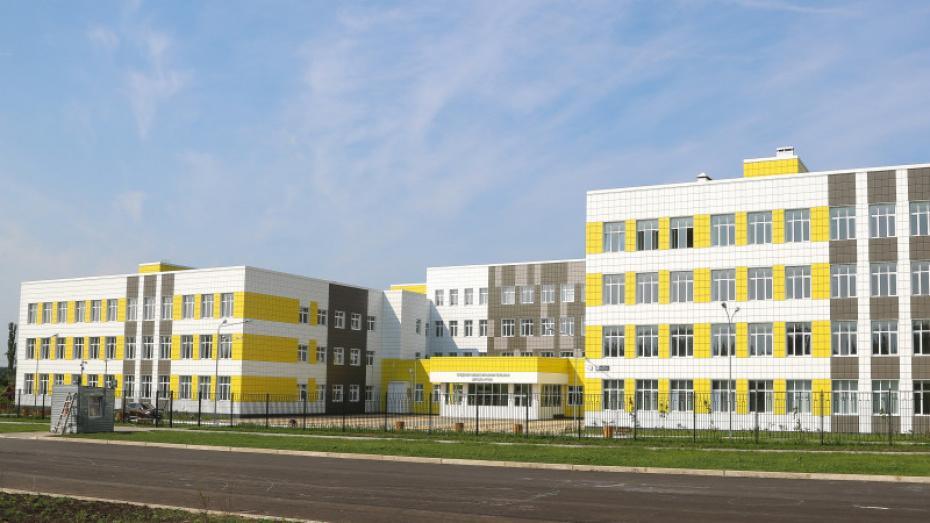 Автобус к новой школе на окраине Воронежа запустят через 3 недели