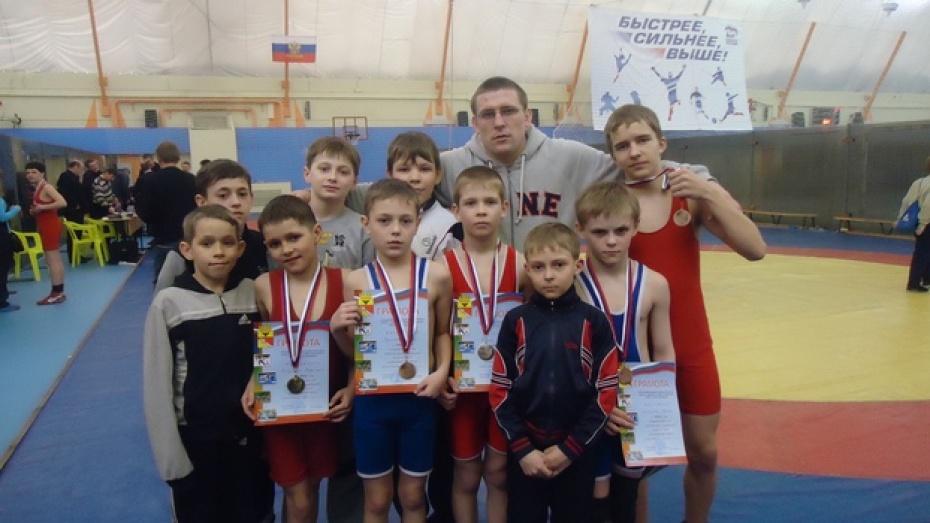 Эртильский борец победил в открытом первенстве Воронежа по вольной борьбе