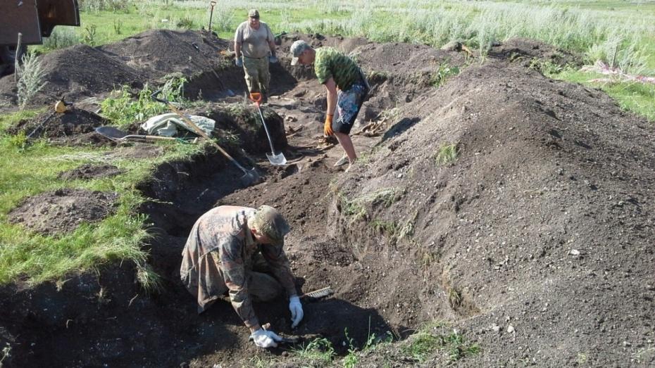 Воронежские поисковики подняли останки 200 военнопленных