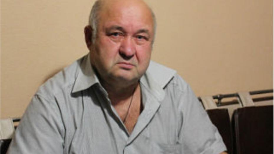 Житель Нижнедевицкого коллекционирует шахматные задачи