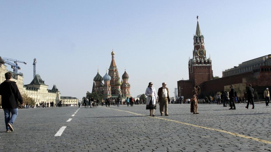 С какого числа в июне откроют спортзалы в Москве?