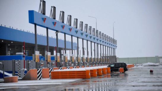 На платных участках М-4 «Дон» в Воронежской области гибкие шлагбаумы заменят на алюминиевые