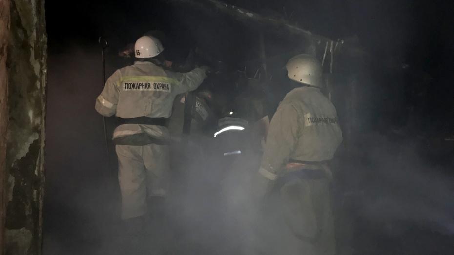 В Павловском районе из-за короткого замыкания электропроводки погибла 67-летняя женщина