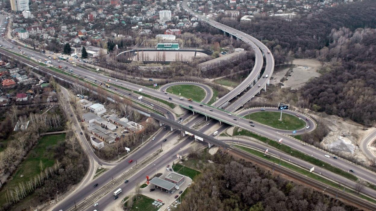 В 2017 году в Воронеже отремонтировали 2,5 млн кв м дорог